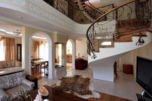 дизайн интерьера дома классическом стиле